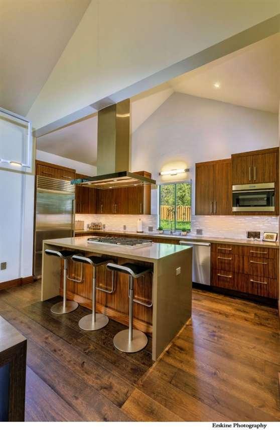 Custom Kitchen   Truckee Real Estate