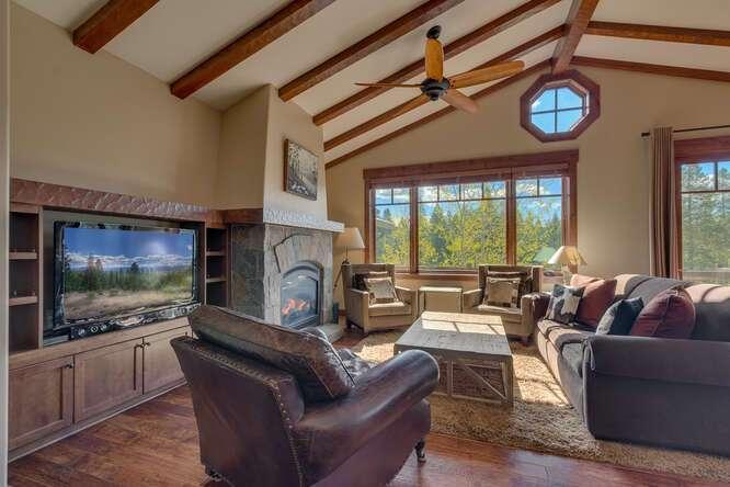 Light & Bright Living Room | Grays Crossing Luxury Townhome