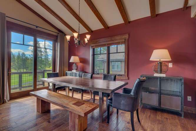 Beautiful dining area with golf course views | Grays Crossing Luxury Townhome
