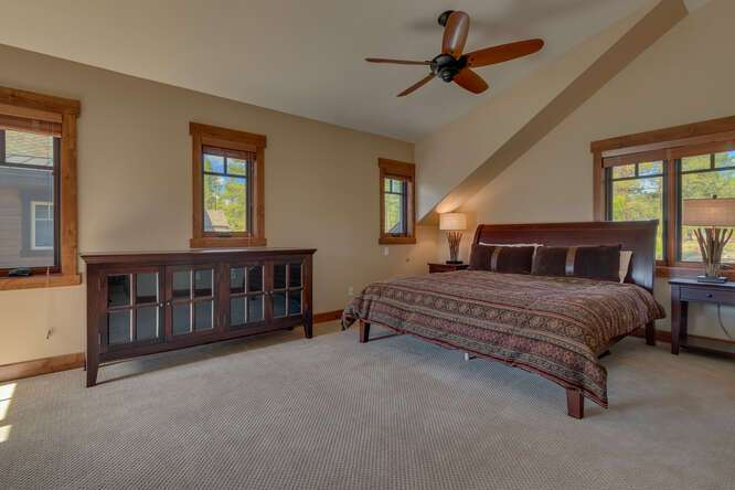 Spacious Master Bedroom | Gray's Crossing Luxury townhome