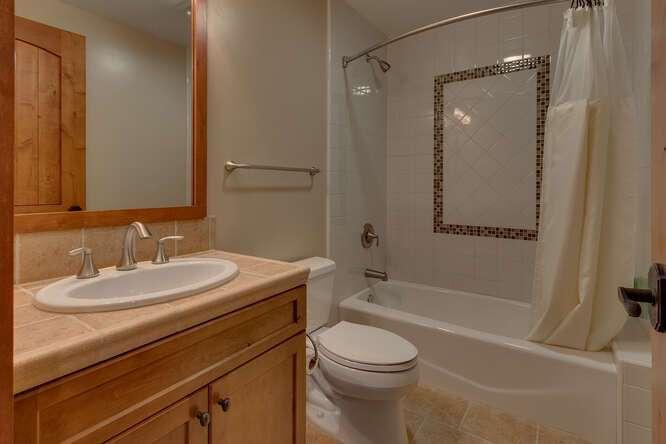 Guest bathroom | 10199 Annies Loop