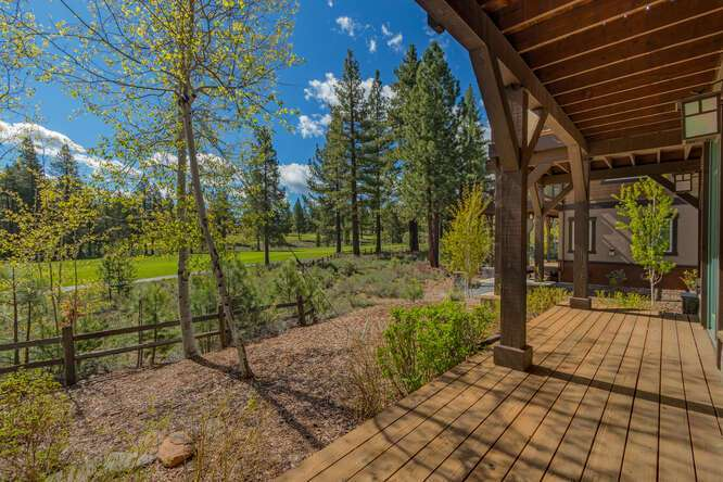 Downstairs back deck with scenic views | Gray's Crossing Luxury Townhome