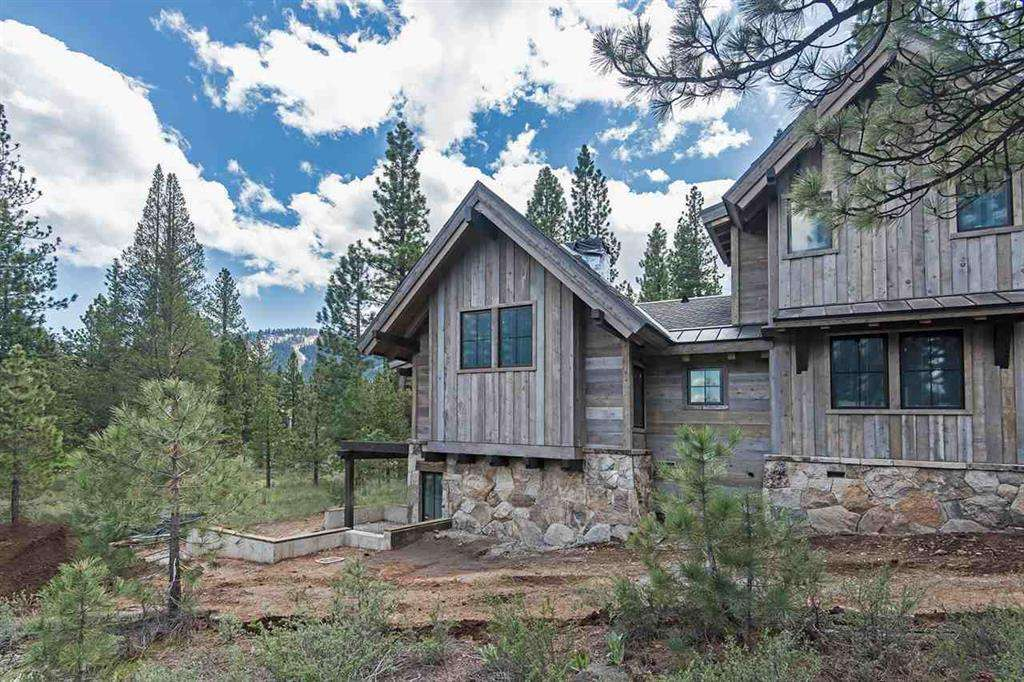 104 Yank Clement | Gorgeous Lahontan New Construction Home