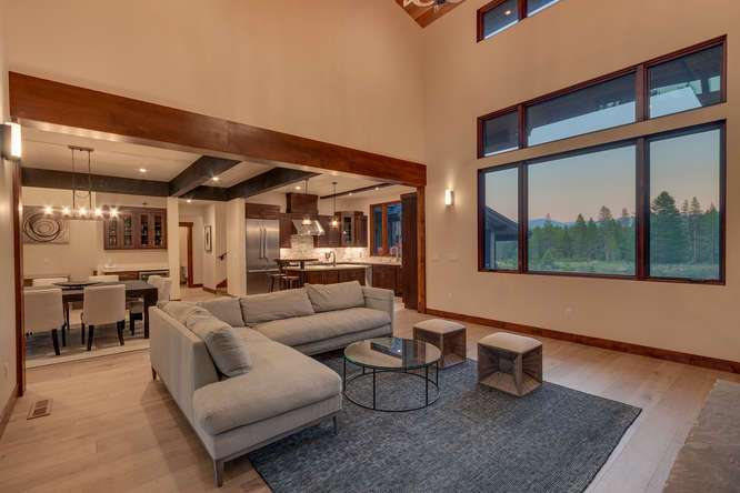Tahoe Golf Real Estate | 10911 Ghirard Court | Living Room