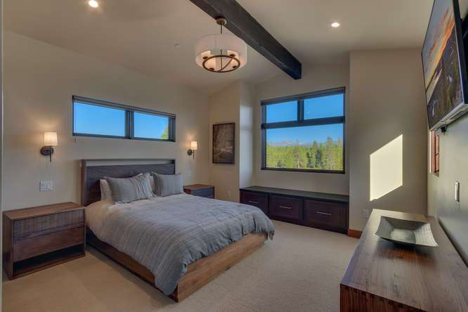 Truckee Real Estate | 10911 Ghirard Court | Master Bedroom