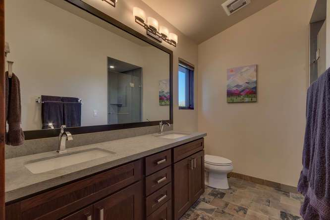 Gray's Crossing Luxury Real Estate | 10911 Ghirard Court | Bathroom