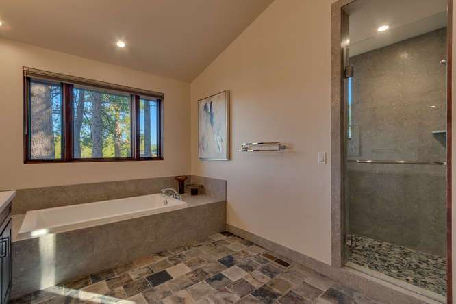 Truckee Golf Course Real Estate | 10911 Ghirard Court | Master Bathroom