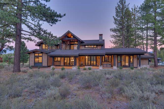 Truckee Real Estate | 10911 Ghirard Court | Back of House
