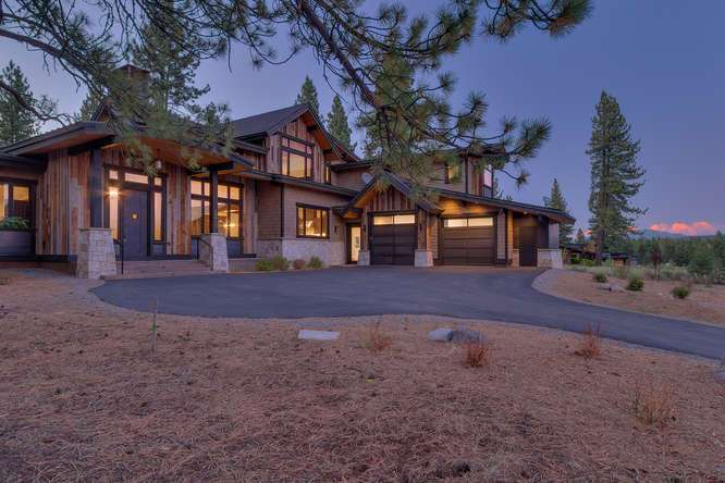 Truckee Luxury Real Estate | 10911 Ghirard Court | Front Exterior