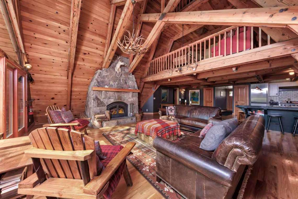 Donner Summit Real Estate | 1102 Island Way Soda Springs CA | Living Area