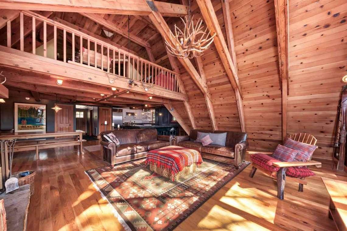 North Tahoe Real Estate | 1102 Island Way Soda Springs CA | Living Area