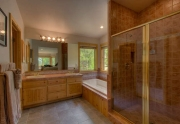 North Lake Tahoe Real Estate | Master Bathroom