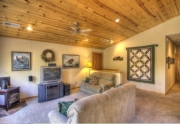 11375-northwoods-blvd-living-room