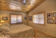 11375-northwoods-blvd-master-bedroom