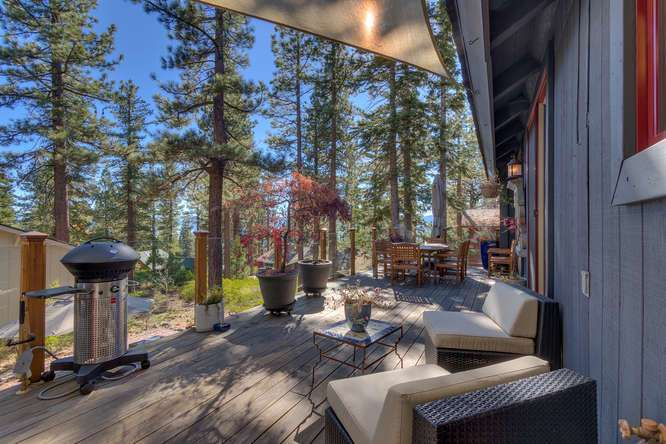 Exquisite outdoor entertaining area | Real Estate Lake Tahoe