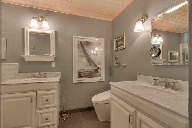 Master Bathroom | North Lake Tahoe Real Estate