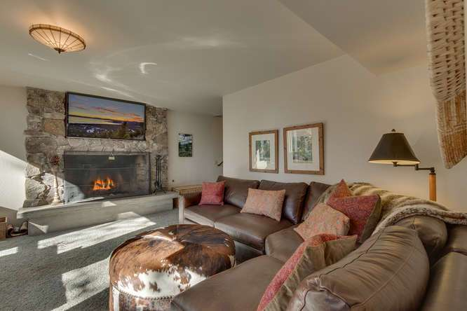 Lower level family room with walk off to brick patio | Luxury Lake Tahoe Real Estate