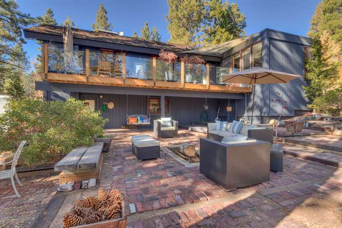 Outdoor brick patio and hot tub | Lake Tahoe Real Estate