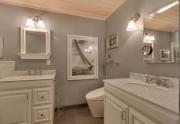 Master Bathroom   North Lake Tahoe Real Estate