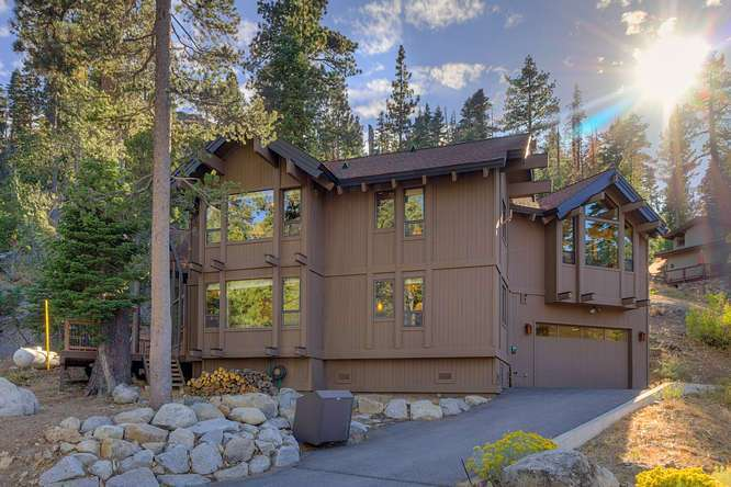 Lake Tahoe Cabin for Sale | 1177 Snow Crest Rd Alpine Meadows | Front Exterior