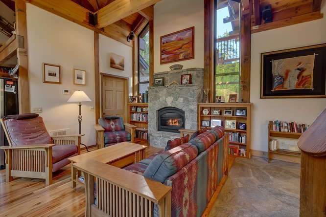 Lake Tahoe Real Estate | 1177 Snow Crest Rd Alpine Meadows | Living Room