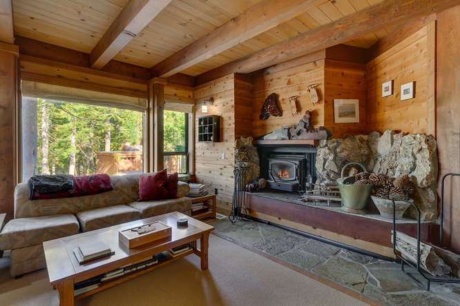 Lake Tahoe Luxury Cabin | 1177 Snow Crest Rd Alpine Meadows | Family Room