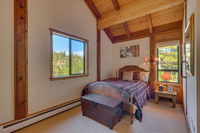 Lake Tahoe Vacation Home | 1177 Snow Crest Rd Alpine Meadows | Bedroom
