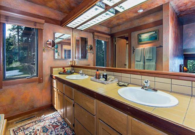 Master Bathroom featuring Jetted Tub and Sauna