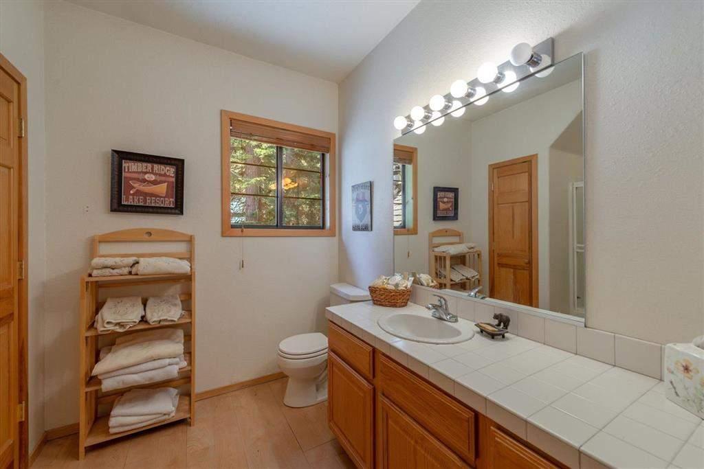 Bathroom   Tahoe Donner retreat