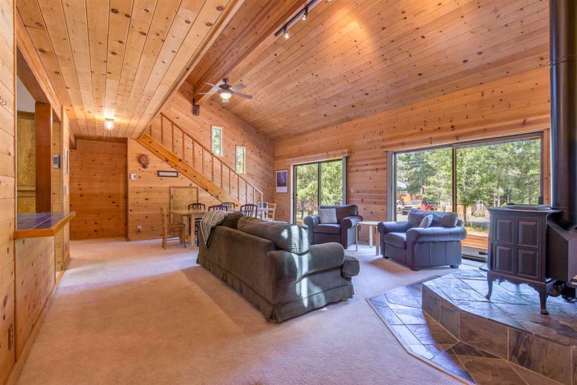 Truckee Home Sold | 12480 Poppy Lane | Living Room