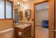 Truckee Cabin | 12480 Poppy Lane | Bathroom