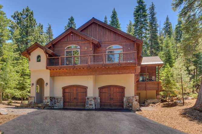 Truckee Property | 12731 Brookstone Dr Truckee CA