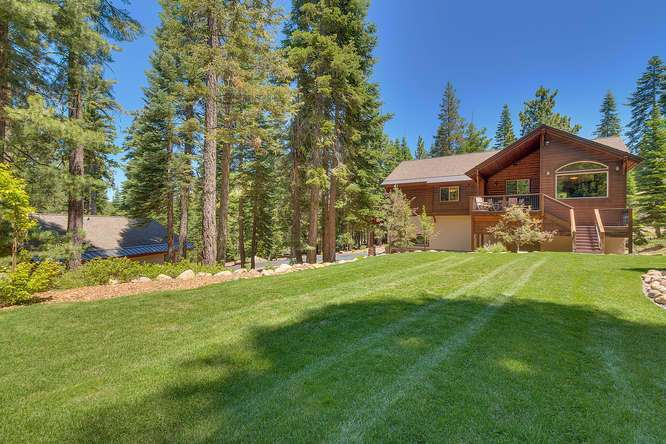 Truckee Home and Land | 12731 Brookstone Dr Truckee CA