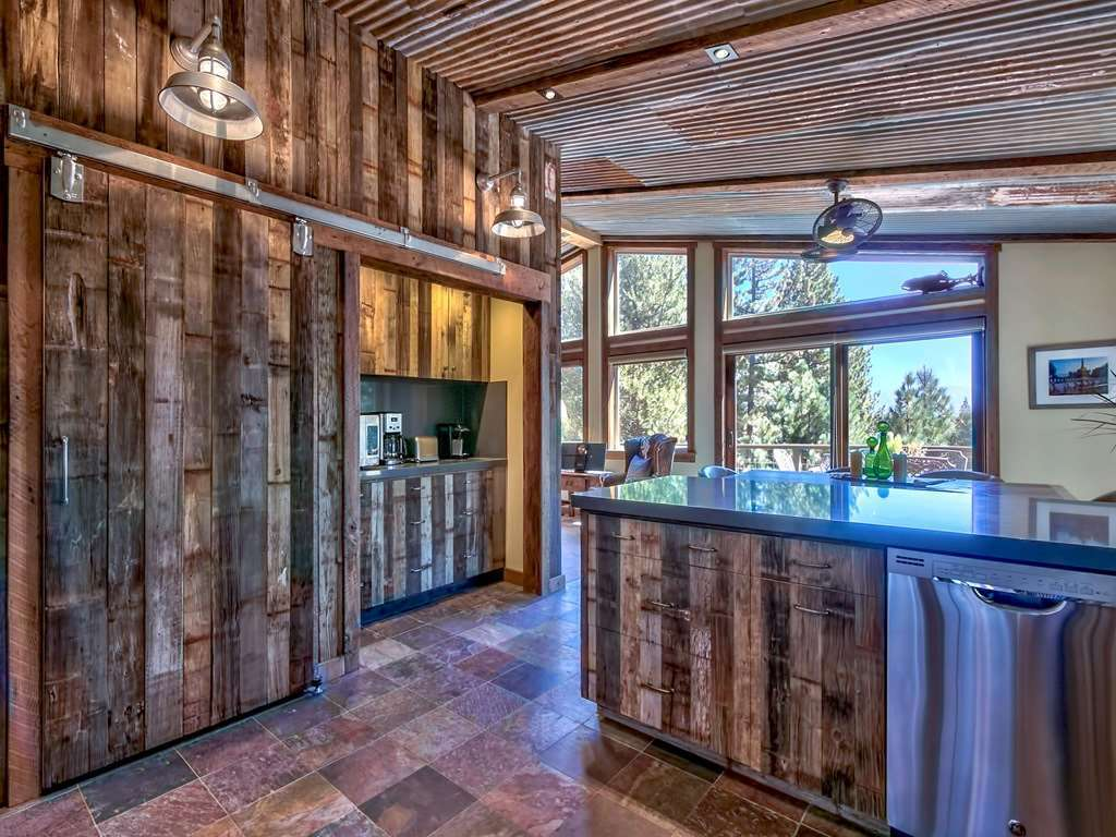 Stunning Craftsman Kitchen | Tahoe Donner Real Estate