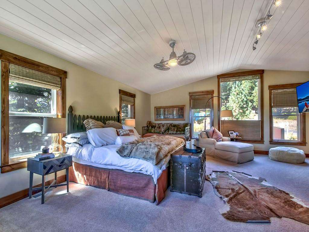 Spacious & Bright Master Bedroom | Lake Tahoe Luxury Real Estate