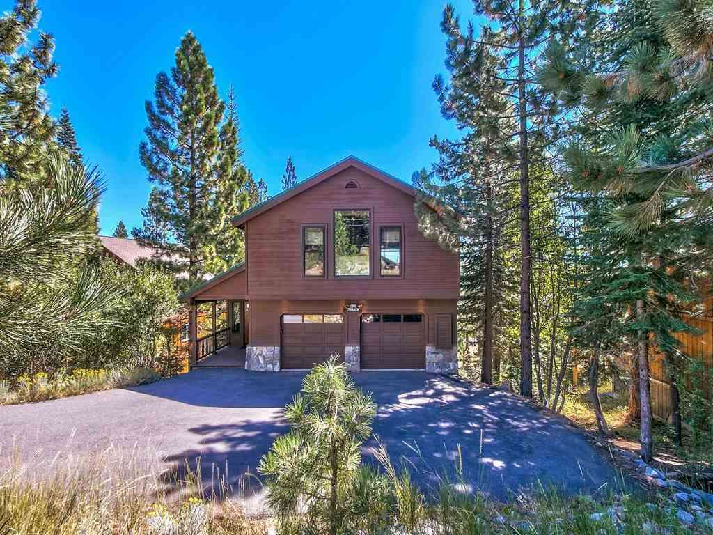 12871 Stockholm Way | Custom Tahoe Donner Home