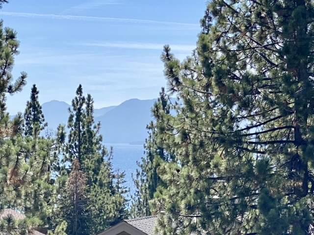 View of Lake Tahoe   132 Mammoth Drive