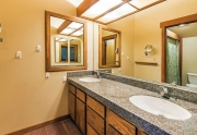 Master Bathroom | Alpine Meadows Real Estate Tahoe