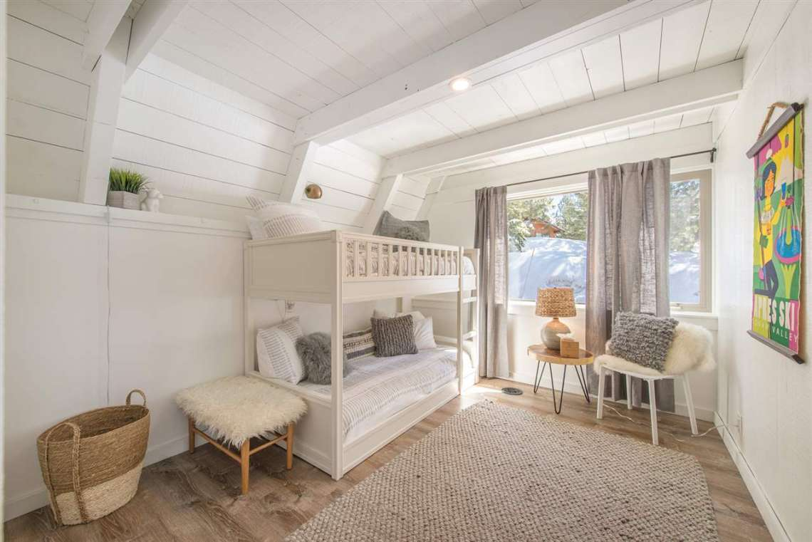 Lake Tahoe Real Estate | 135 Lakewood Lane | Bedroom