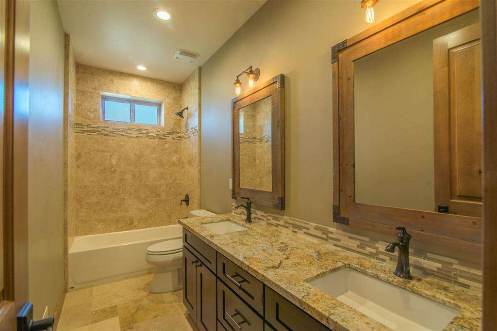 Guest Bathroom | Tahoe Donner Home