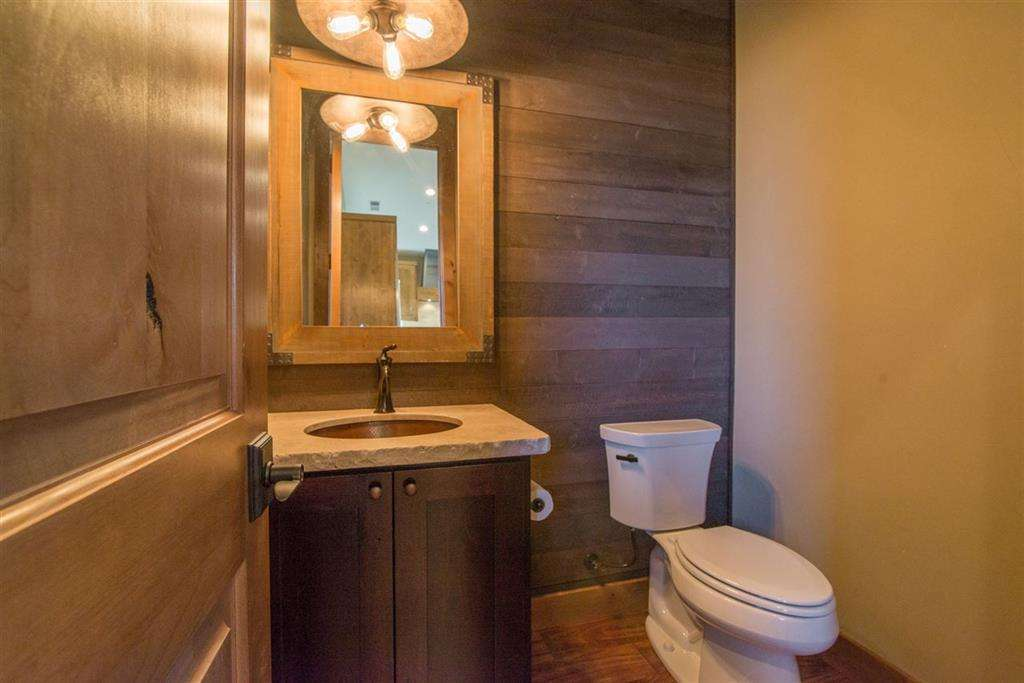 Bathroom | Lake Tahoe Real Estate