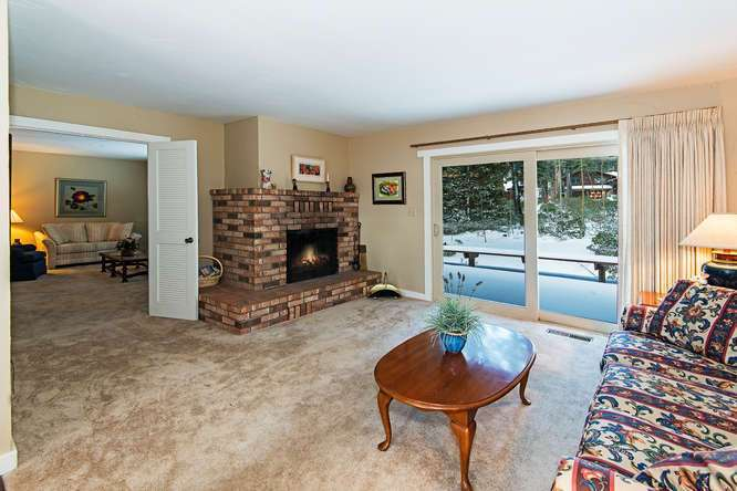 North Lake Tahoe Real Estate | 136 Marlette Drive Tahoe City | Living Room