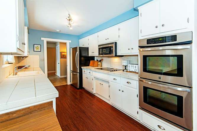 Tahoe City Real Estate | 136 Marlette Drive Tahoe City | Kitchen