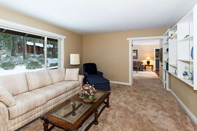 Lake Tahoe Real Estate | 136 Marlette Drive Tahoe City interior view