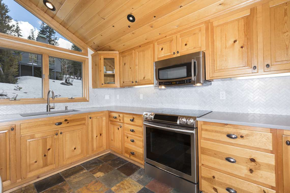 Remodeled Alpine Meadows Cabin