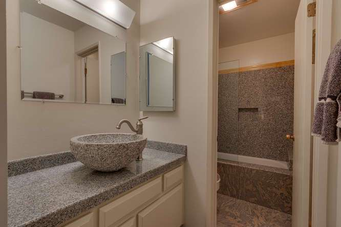 Alpine Meadows Condo | 2201 Scott Peak Pl 38 | Bathroom