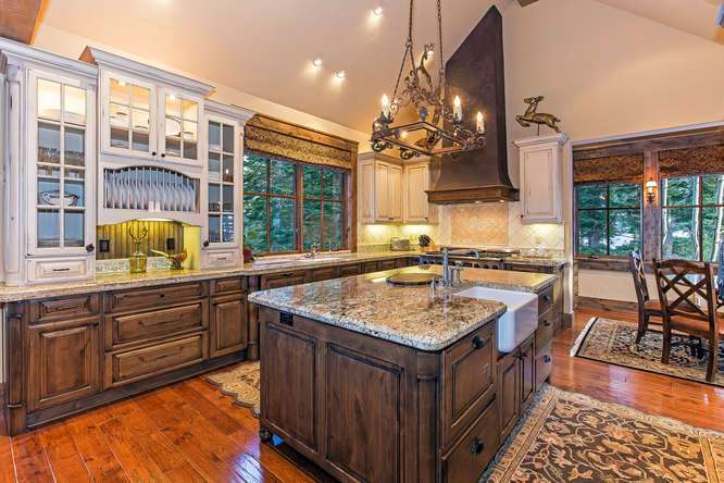 Gorgeous Chef's Kitchen | Luxury Tahoe Real Estate