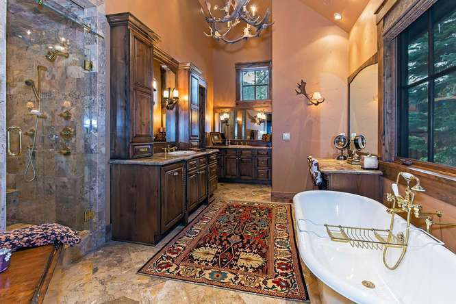 Huge Master Bathroom with Claw Foot Tub | Northstar Luxury Home