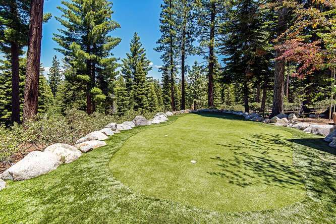 Private Putting Hole | Northstar Luxury Home
