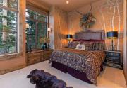 Guest Bedroom with en suite bathroom   Northstar Luxury Home